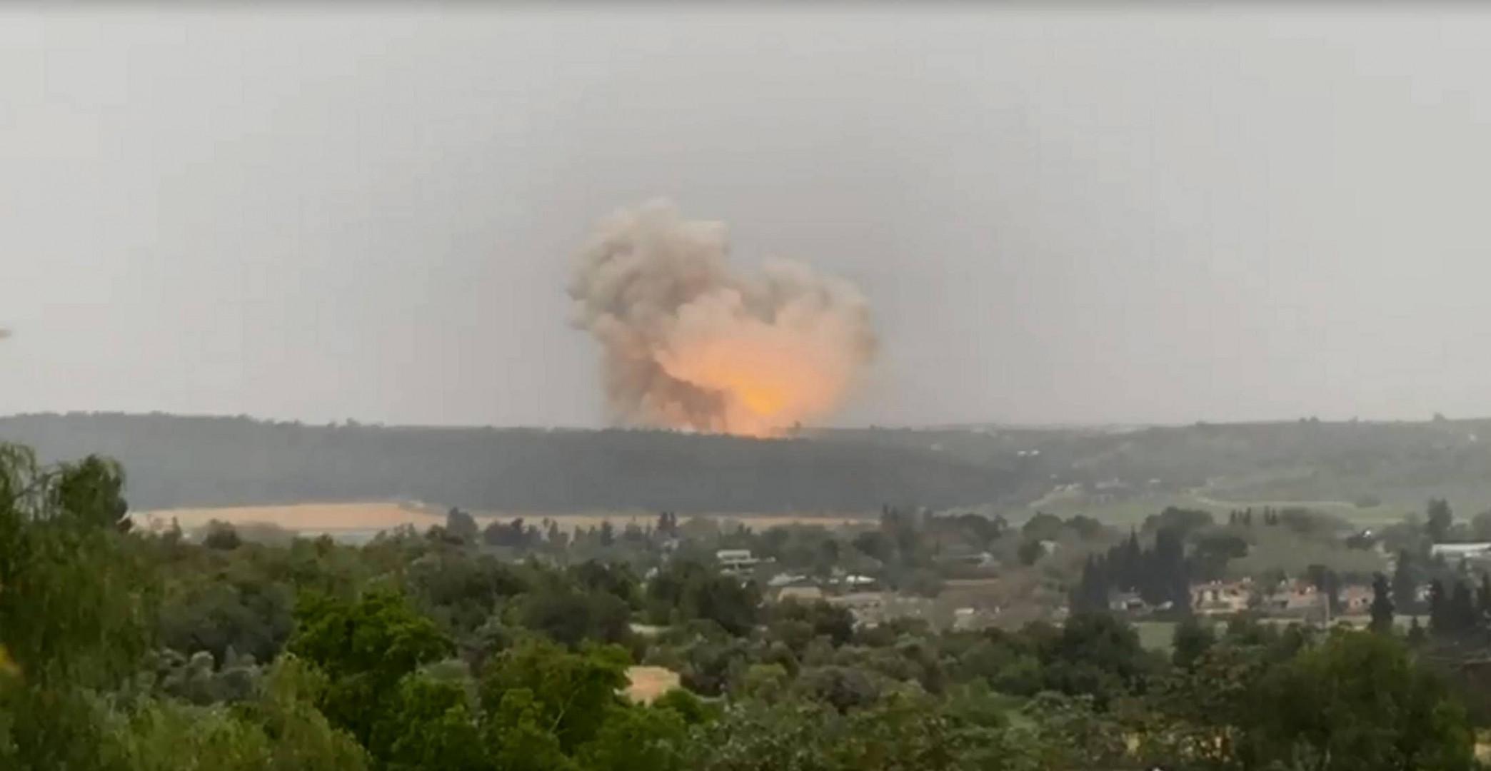 فيديو.. انفجار قوي يهز وسط إسرائيل