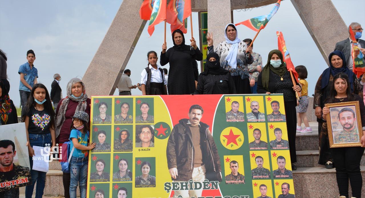 صور.. اهالي ديرك يستذكرون ضحايا قره جوخ في موقع القصف التركي