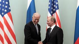 مساعد الرئيس الروسي: قمة بوتين-بايدن قد تعقد في حزيران