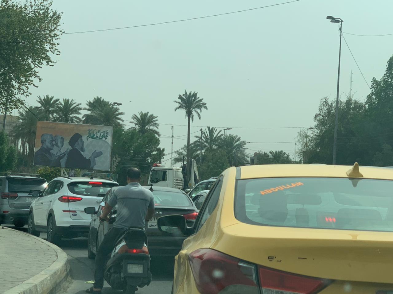 بغداد تختنق مروريا نتيجة تظاهرات المفسوخة عقودهم من الحشد (صور)