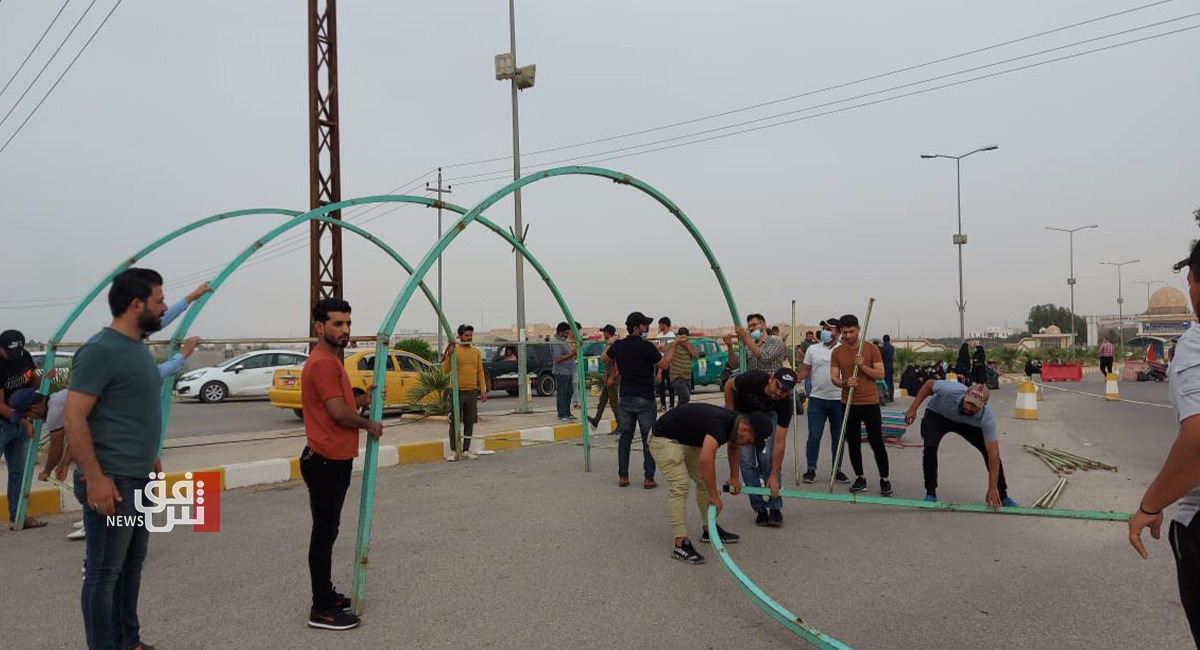 محتجون يغلقون جامعة ذي قار