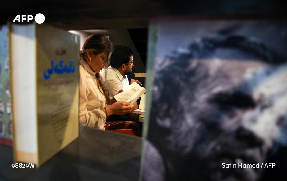 """نوادي القراءة في كوردستان.. مساحات لـ""""الهرب"""" وبثّ الروح في الأدب الكوردي"""