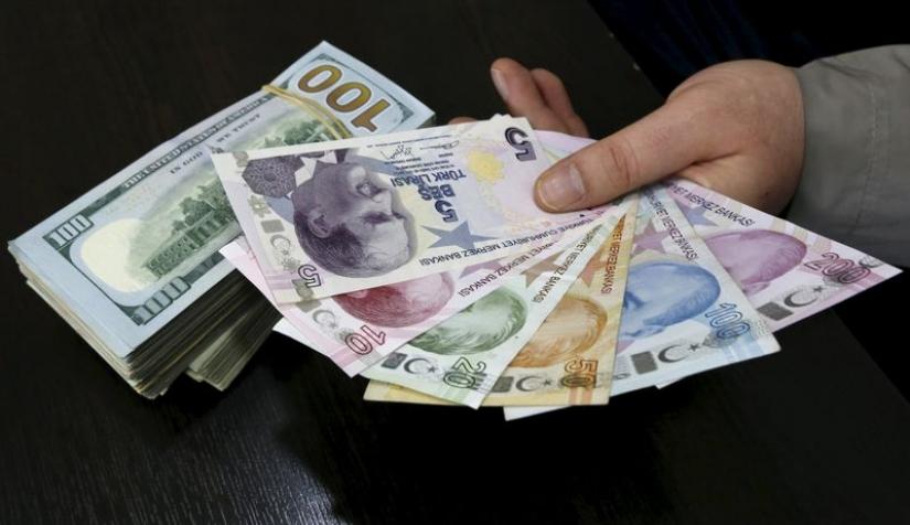 الليرة التركية تستقر وسط تكهنات برفع البنك المركزي توقعات التضخم