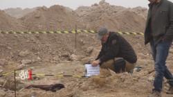جدل في الانبار بعد اكتشاف مقبرة جماعة لمدنيين بموقع أمني.. صور