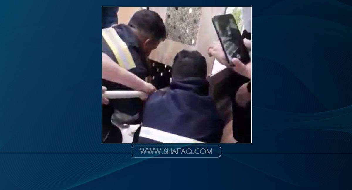 انقاذ أسد سقط داخل بئر في السليمانية.. فيديو