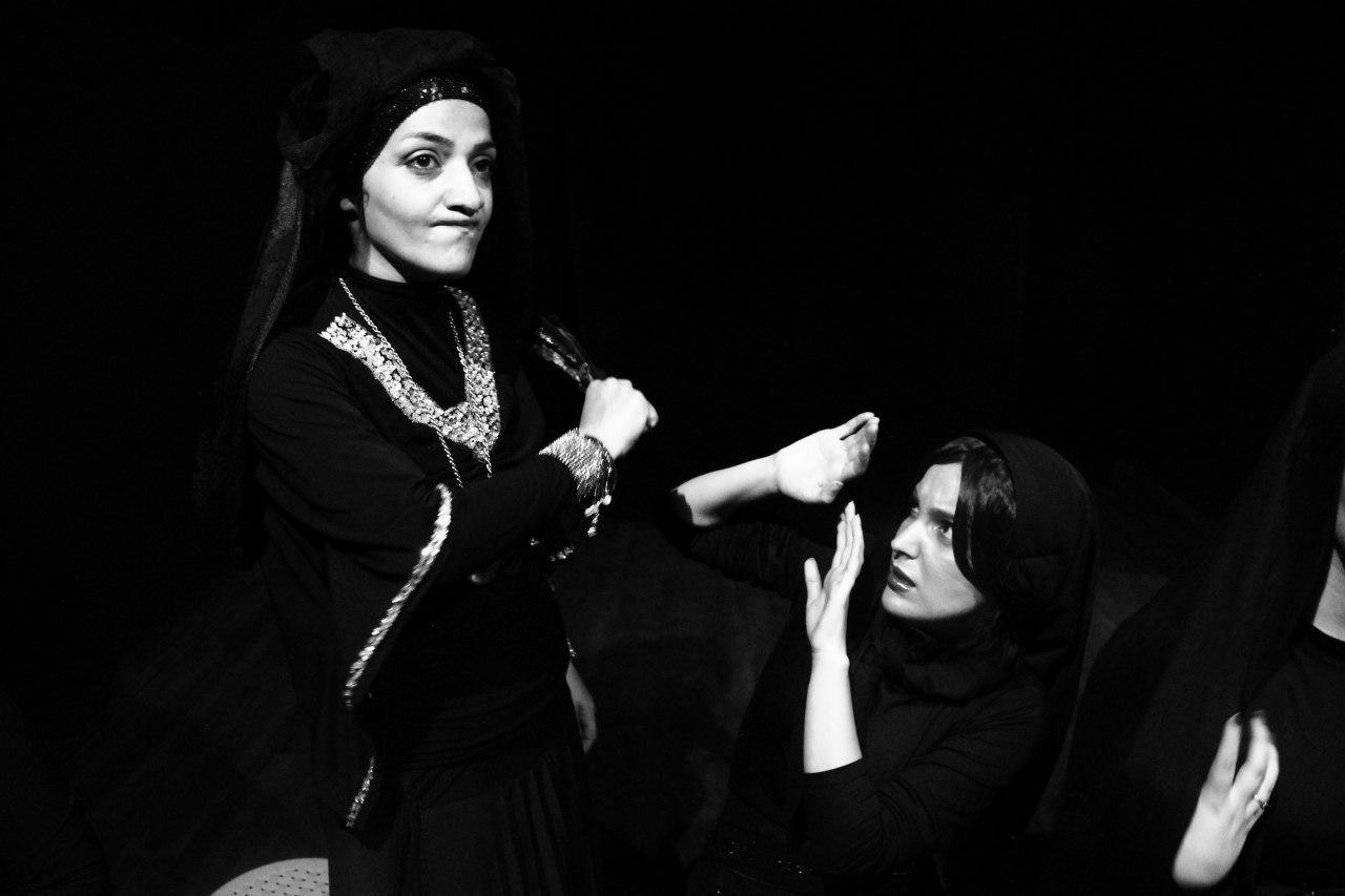 فيلية سطع نجمها في سماء المسرح الإيراني: العشق المستعجل ساقني للتمثيل بالكوردية