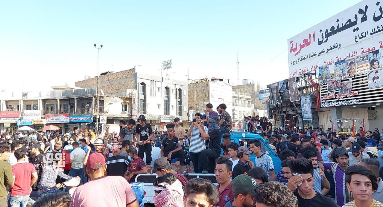 الناصرية تصعد اللهجة.. محتجو الحبوبي يطالبون بإسقاط النظام (صور)