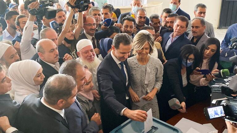 الأسد للغرب عقب الإدلاء بصوته في الانتخابات: لا حرب اهلية .. واراؤكم صفر