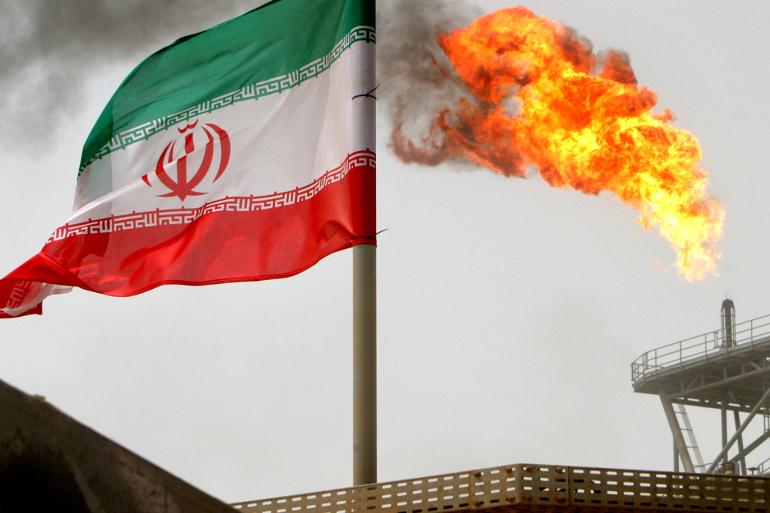 رغم العقوبات.. أمريكا استوردت النفط الإيراني لأول مرة بعد 30 عاماً