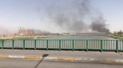 خريجون يطالبون بالتعيين يغلقون جسرين مهمين في الناصرية