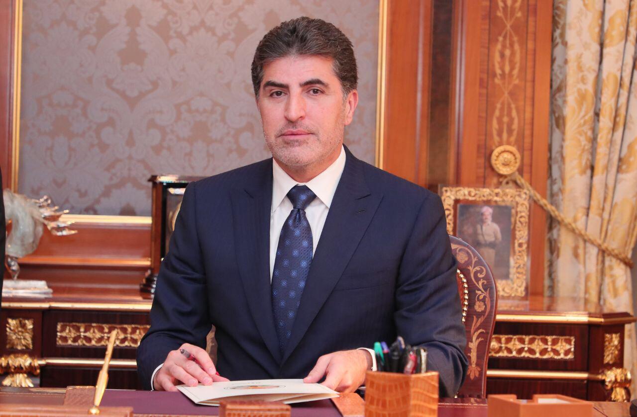 رئيس إقليم كوردستان يهاتف الرئيسين المشتركين للإتحاد الوطني ويثني على دور الحزب