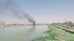 """محتجون غاضبون من تردي الخدمات يقطعون طريقاً """"مهماً"""" جنوبي العراق"""