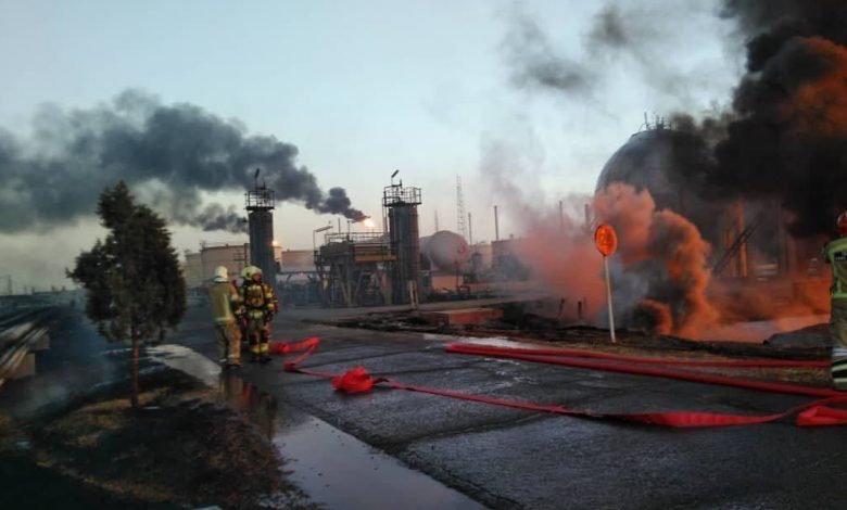 A fire erupted in 18 oil tanks in the Tehran Oil Refinery, Iranian TV reported