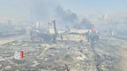 """صور وفيديو .. حريق مخيم """"شاريا"""" في دهوك يشرّد 1400 نازح إلى العراء"""