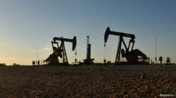 Oil edges higher on inventory drawdowns, Brent tops $75 a barrel