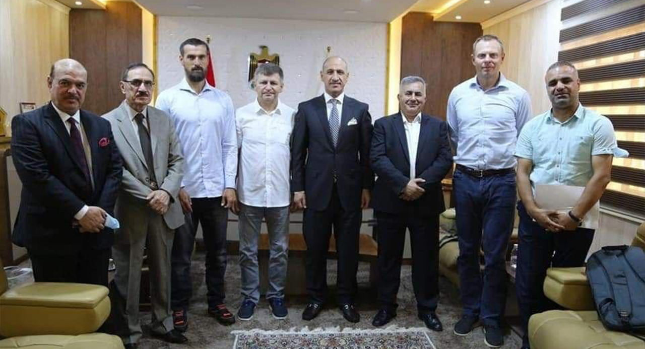 درجال يدعو المدرب التشيكي للارتقاء بمستوى المنتخب الاولمبي العراقي