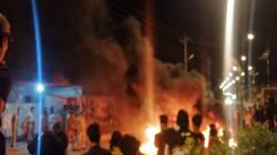 Angry demonstrators block vital roads in Dhi Qar