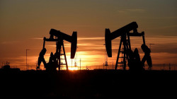 Oil dips after hitting $75 a barrel on strong demand outlook