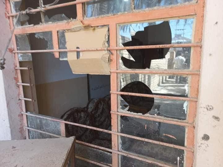 صور.. تعرض مكتب النائب حسن فدعم لهجوم بالأسلحة البيضاء