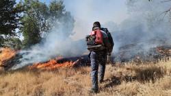 """صور .. مصرع شخص واحتراق 100 دونم بانفجار لغم في قضاء """"ماوت"""" بالسليمانية"""