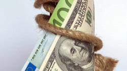Strong dollar strides towards U.S. jobs test
