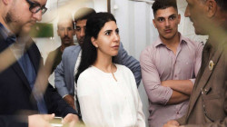 سارة علاوي تنتقد أداء الكاظمي وتحذر من السلاح المنفلت: الانتخابات لن تكون نزيهة
