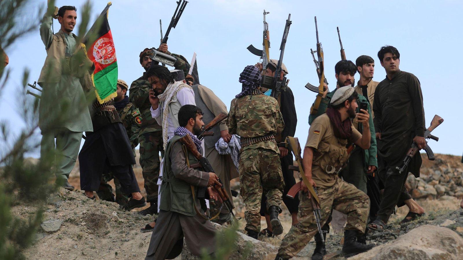 """""""الملا محمد حسن"""" رئيساً للحكومة الأفغانية المؤقتة"""