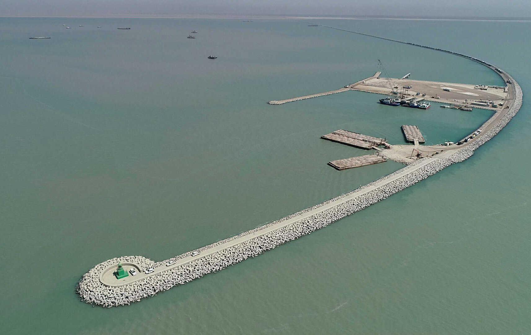 """الحكومة العراقية تفصح عن آخر التطورات بشأن تنفيذ مشروع """"ميناء الفاو الكبير"""""""