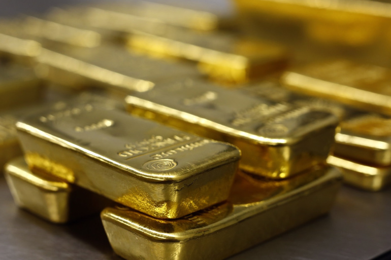 Gold prices ease as risk appetite returns ahead of ECB meet