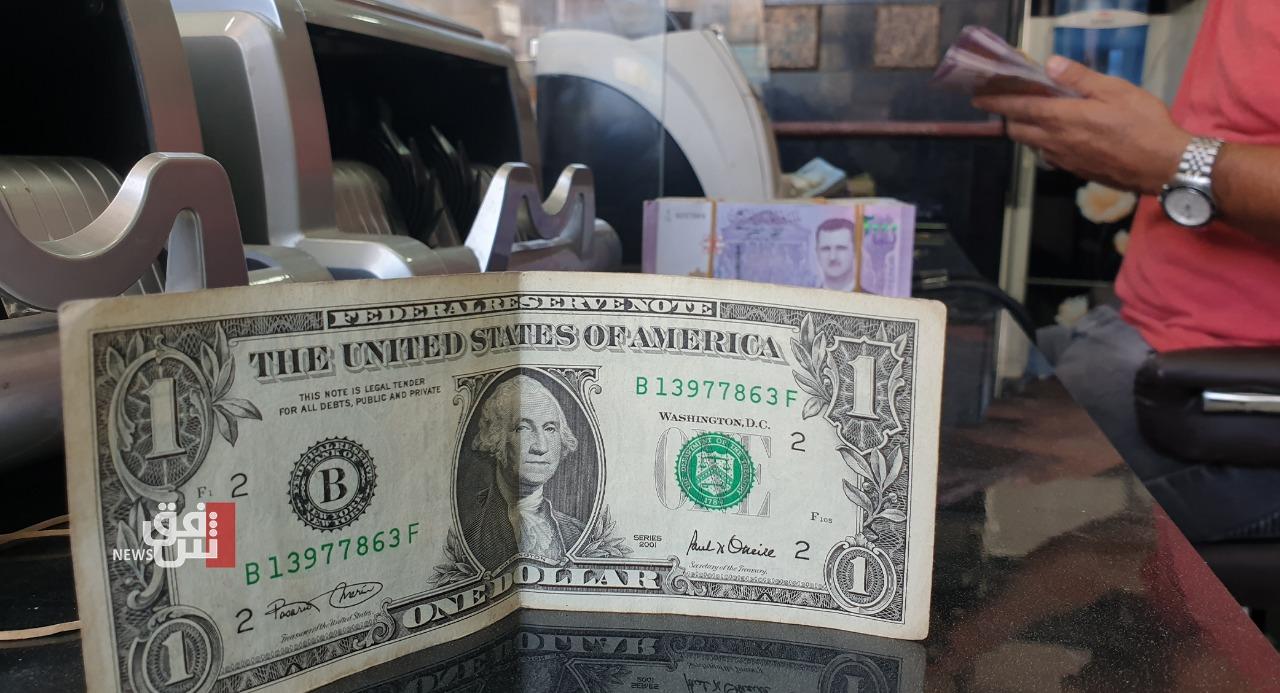 Dollar, yen in retreat as risk sentiment revives, Musk lifts bitcoin