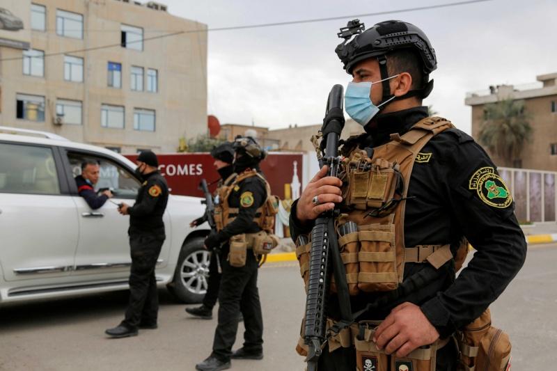 إصابتان بإطلاق نار وتفجير في بغداد