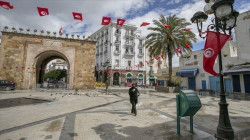 Tunisian president relieves prime minister of his post