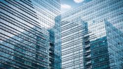 ابتكار زجاج ذكي يبرد المباني ذاتيا في الطقس الحار