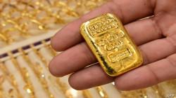 الذهب يرتفع مع انخفاض الدولار وتراجع السندات