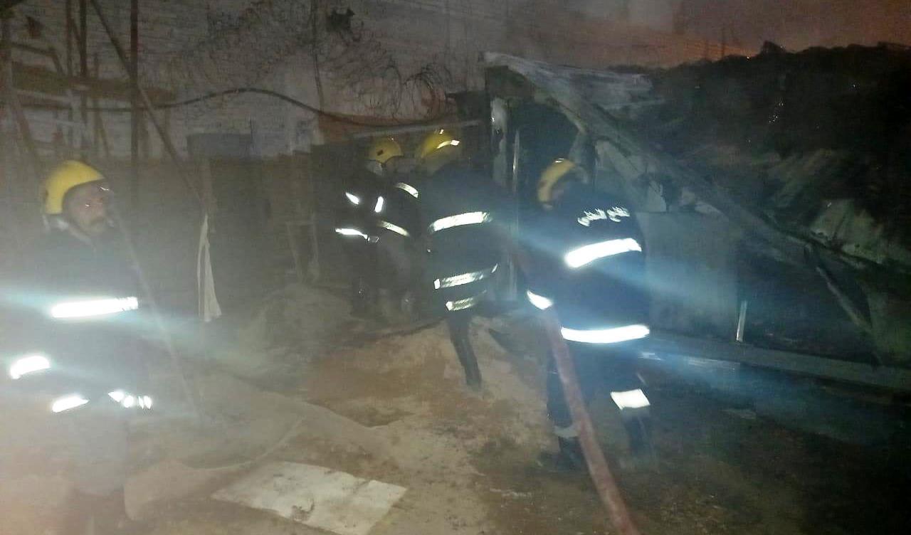 حريق يجهز على كرفانين داخل استخبارات كربلاء (صور)