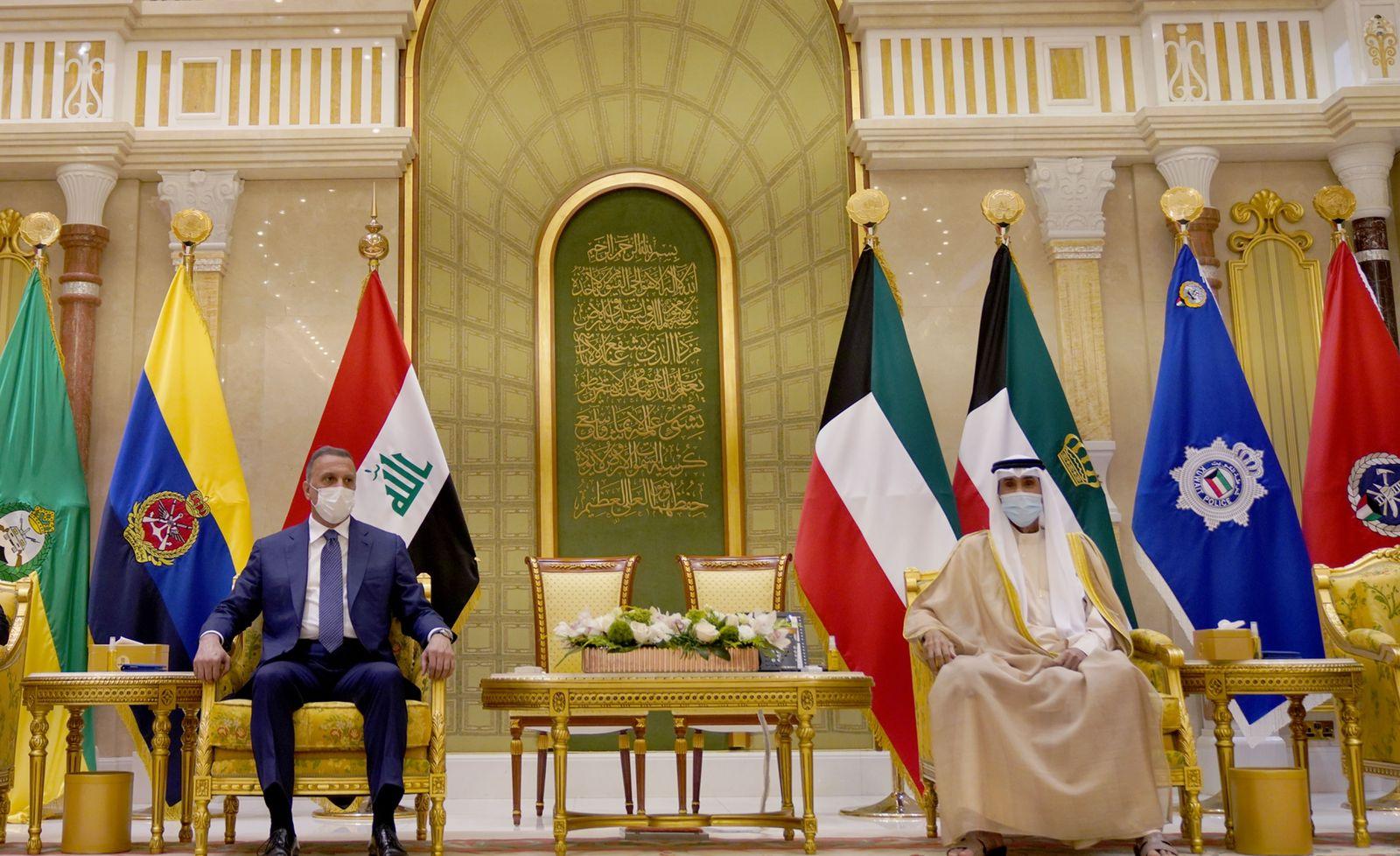 """الكاظمي يطلب من الكويت المشاركة بـ""""أعلى المستويات"""" في قمة بغداد"""