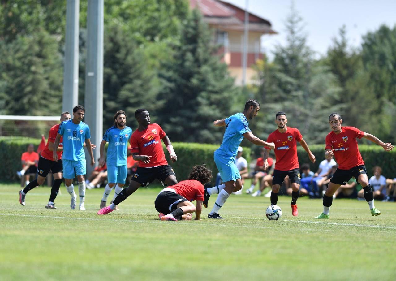 المنتخب العراقي يتعادل أمام قيصري سبور التركي