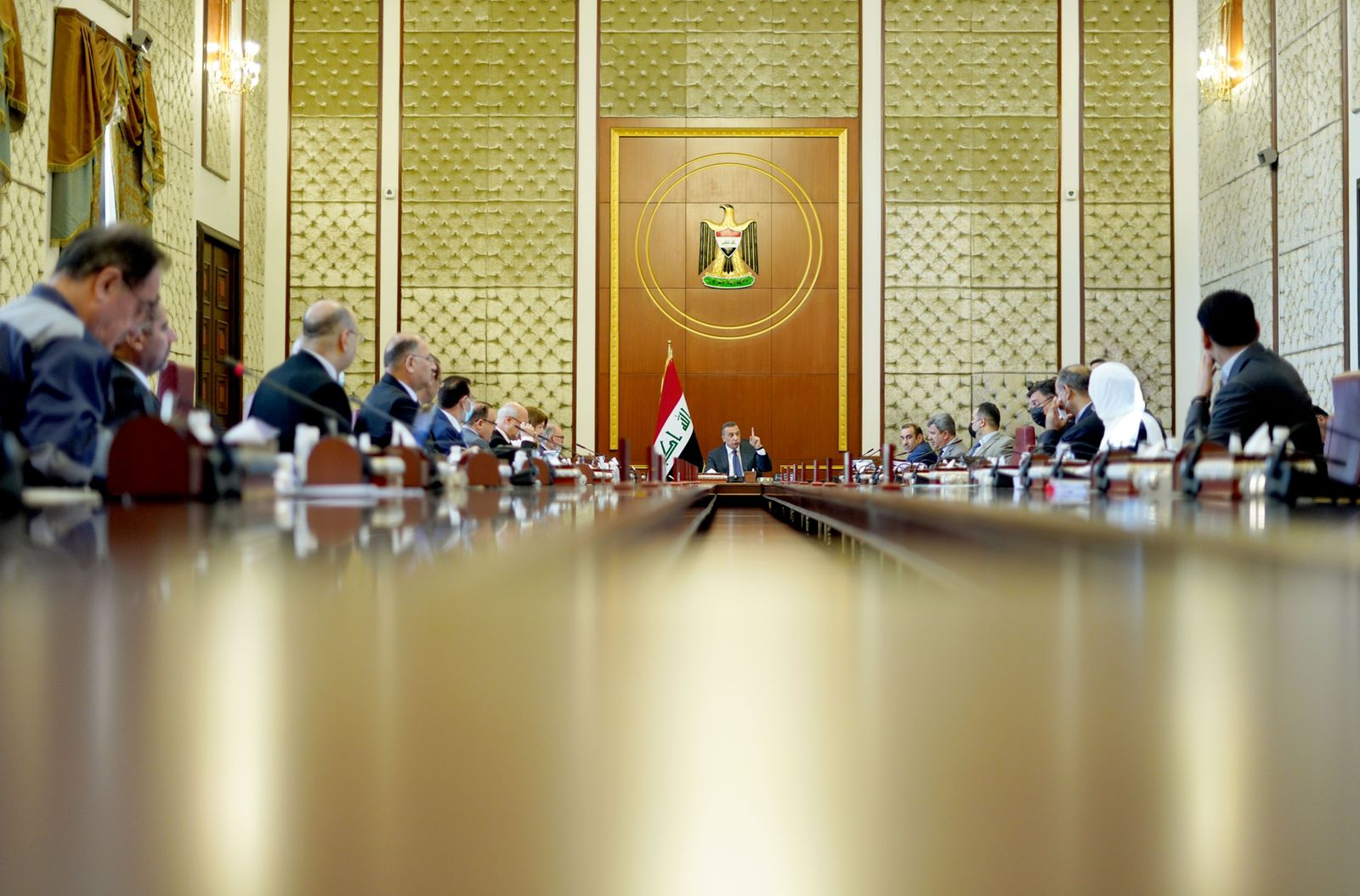 The Iraqi Council of Ministers takes a number of electrical decisions