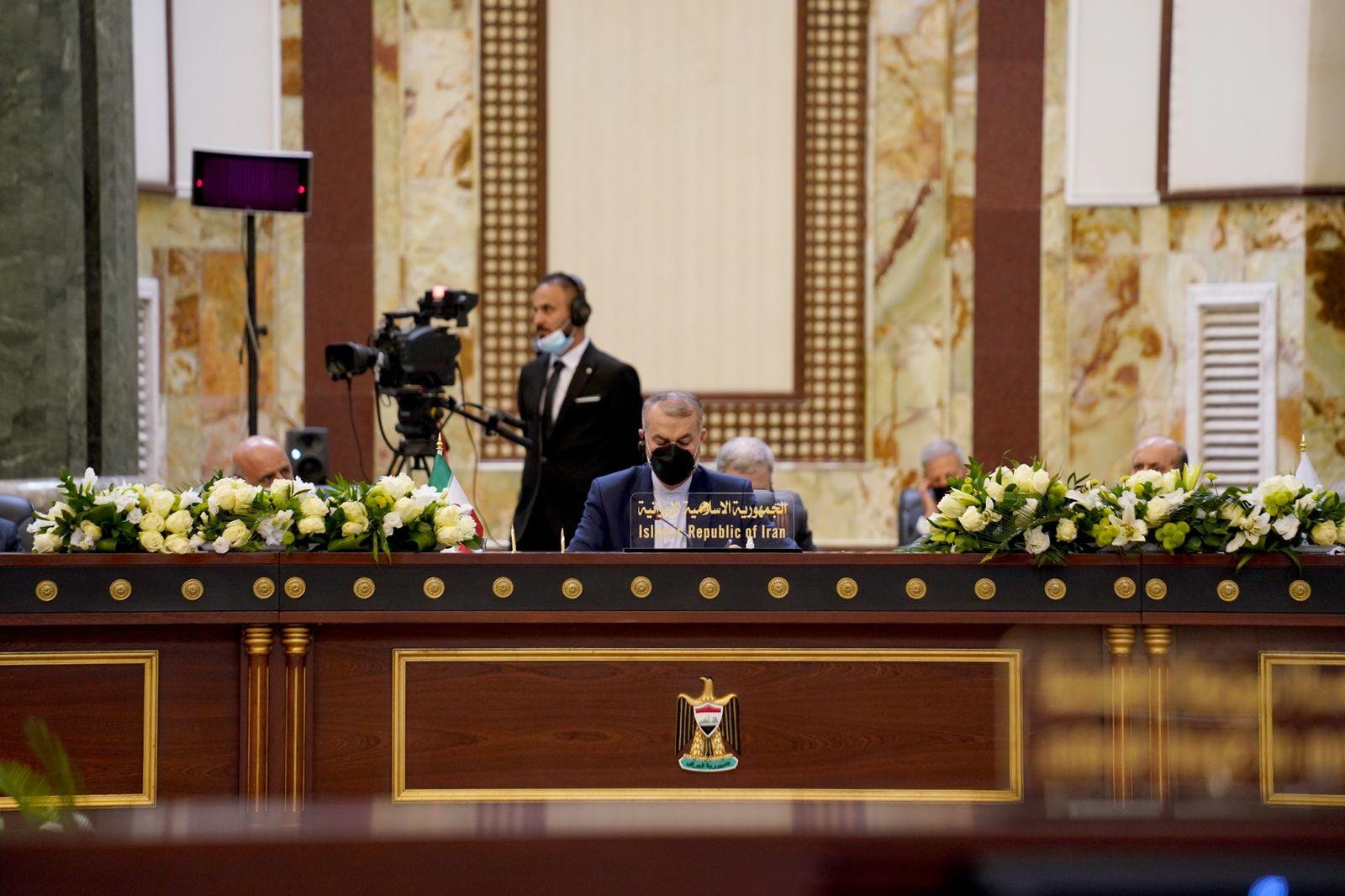 عبد اللهيان: أمن المنطقة لن يستتب إلا بالثقة المتبادلة وندعو لحوار بعيدا عن التدخلات الأجنبية