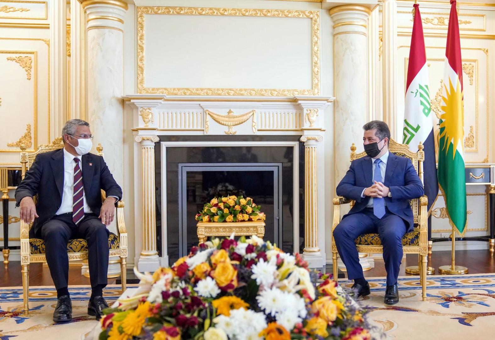 مسرور بارزاني يستقبل وفدا من حزب الشعب الجمهوري التركي يزور كوردستان لأول مرة