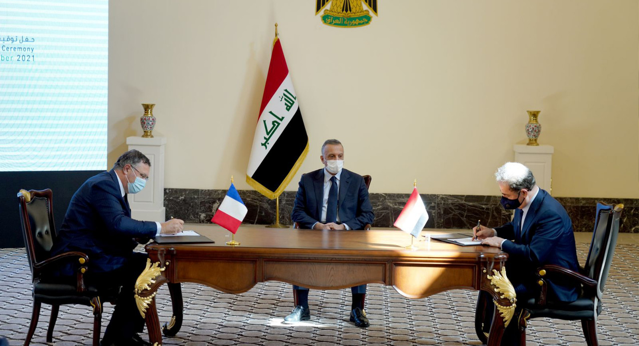 With a value of 27 billion dollars Iraq and France sign an agreement to invest gas and develop oil fields