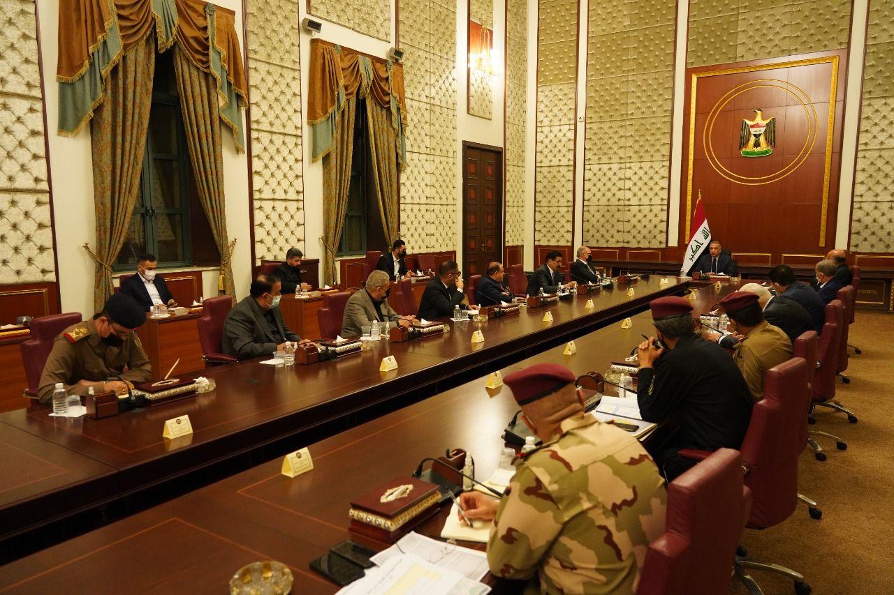 الكاظمي يعترف بوجود سوء إدارة وتقصير في عمل القيادات العسكرية