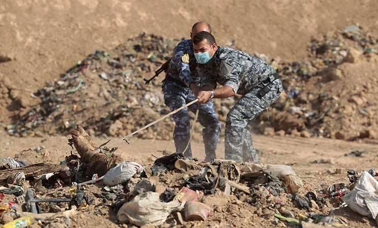 تضم رفات مغيبي الأنبار.. الكشف عن مقابر جماعية على الحدود العراقية-السورية