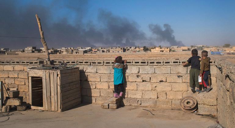 کوشیان و زەخمداری چوار منال لە پەنابەرەیل سوریا وە رمیان دیواریگ لە هەولێر