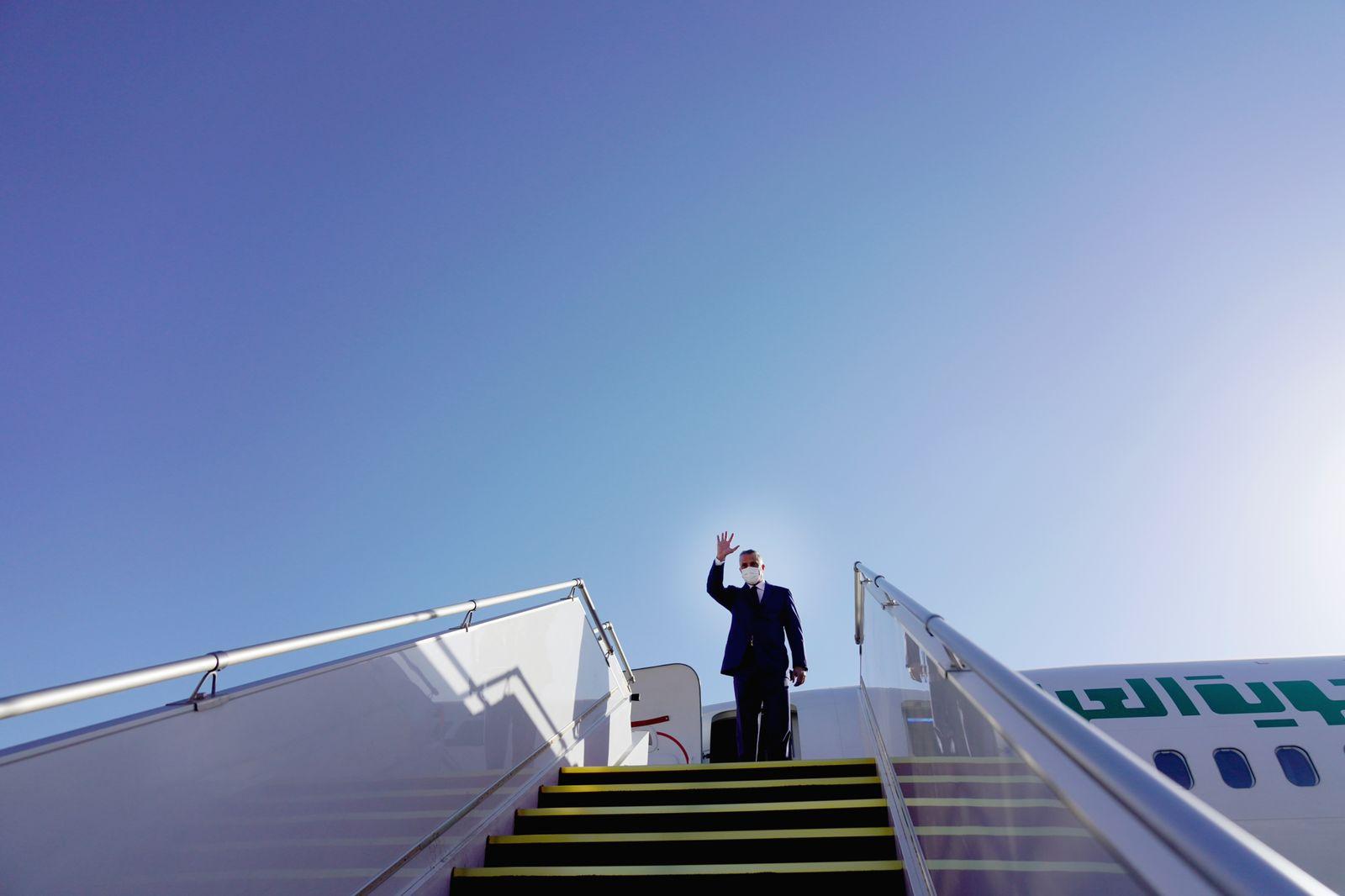 الكاظمي يبدأ زيارته إلى إيران ويفصح عن اهدافها
