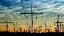 السفير المصري: نبحث عن مشاريع استثمارية لتوليد الكهرباء بالعراق