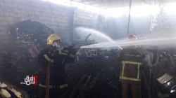 صور .. اندلاع حريق في أكبر مركز للأدوات الاحتياطية للسيارات الكورية في الموصل