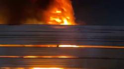 مجهولون يضرمون النار في صور دعاية لحركة مشاركة بالانتخابات (فيديو)
