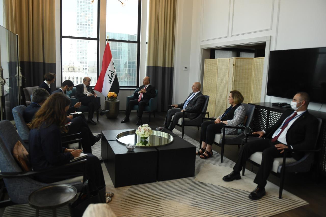 """محادثات """"مفعمة بالثقة"""" بين الرئيس العراقي ووزير الخارجية الفرنسي"""