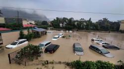 مقتل 100 على الأقل وفقدان العشرات في الهند والنيبال